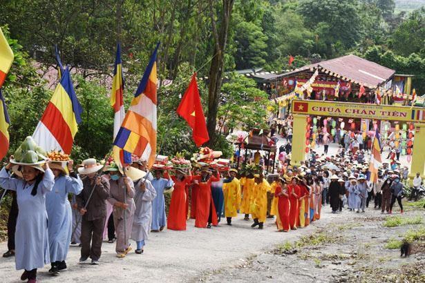 Chùa Chân Tiên (Hà Tĩnh) tổ chức lễ hội truyền thống ảnh 2