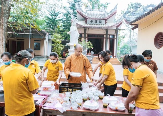 """""""Bếp cơm thiện nguyện"""" tại Bệnh viện Đa khoa huyện Nông Cống, Như Thanh ảnh 1"""