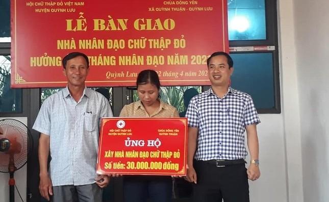 """Chùa Đông Yên hỗ trợ xây """"Nhà nhân đạo Chữ Thập đỏ"""" ảnh 1"""
