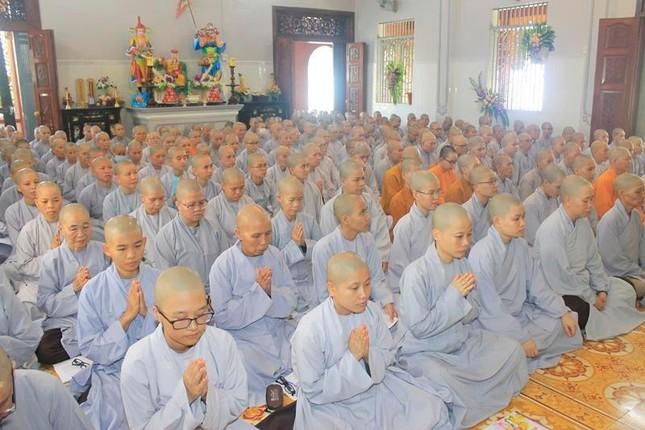 Đồng Tháp: Giới tử Tăng Ni nhập Giới đàn Từ Nhơn Phật lịch 2564 ảnh 2