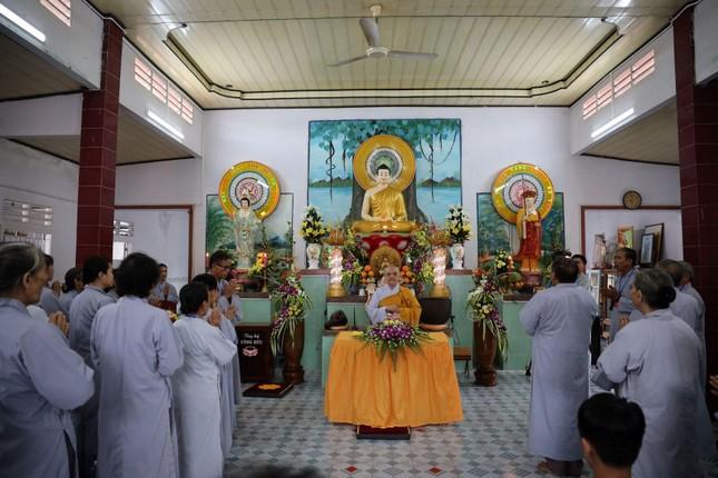 Chùa Thiên Quang tặng quà cho người nghèo tại Bình Thuận ảnh 1