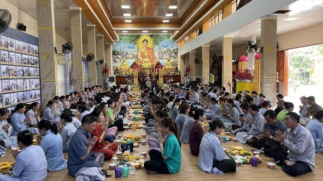 """Đồng Nai: Khóa tu """"Một ngày phúc lạc"""" kỳ thứ 20 tại chùa Trúc Lâm Viên Nghiêm ảnh 4"""