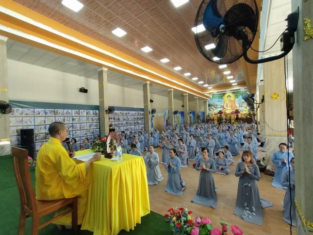 """Đồng Nai: Khóa tu """"Một ngày phúc lạc"""" kỳ thứ 20 tại chùa Trúc Lâm Viên Nghiêm ảnh 1"""