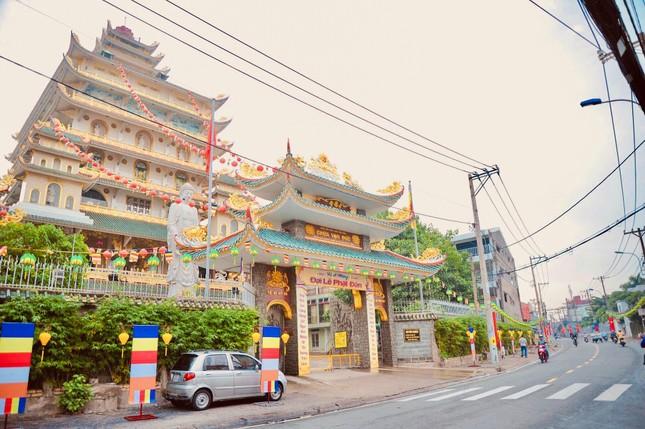 Sắc màu hân hoan Kính mừng Phật đản tại TP.Thủ Đức ảnh 1