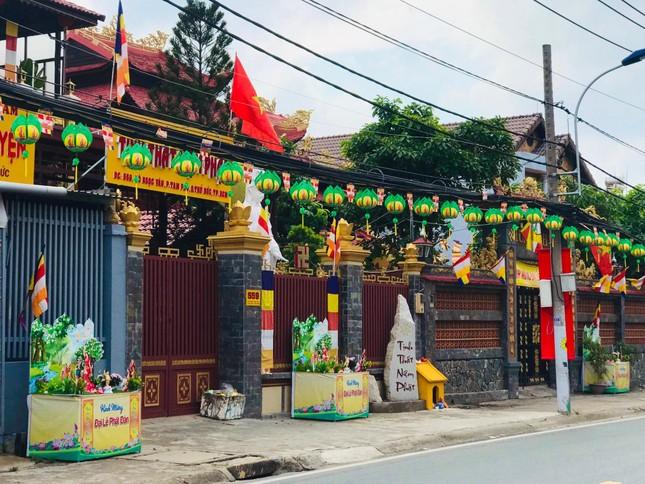 Sắc màu hân hoan Kính mừng Phật đản tại TP.Thủ Đức ảnh 15