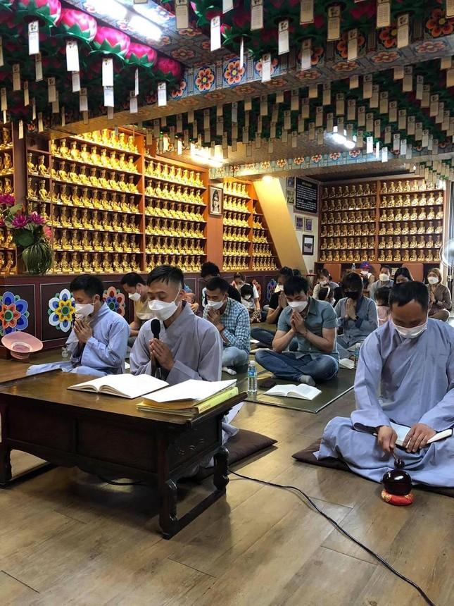 """Phật tử người Việt tại Hàn Quốc tham dự khóa tu """"Một ngày an lạc"""" ảnh 1"""