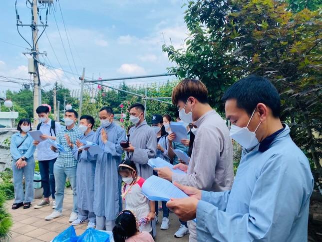"""Phật tử người Việt tại Hàn Quốc tham dự khóa tu """"Một ngày an lạc"""" ảnh 2"""