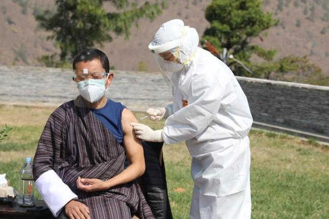 85% dân số Bhutan được tiêm mũi vắc-xin thứ hai chỉ trong một tuần ảnh 1