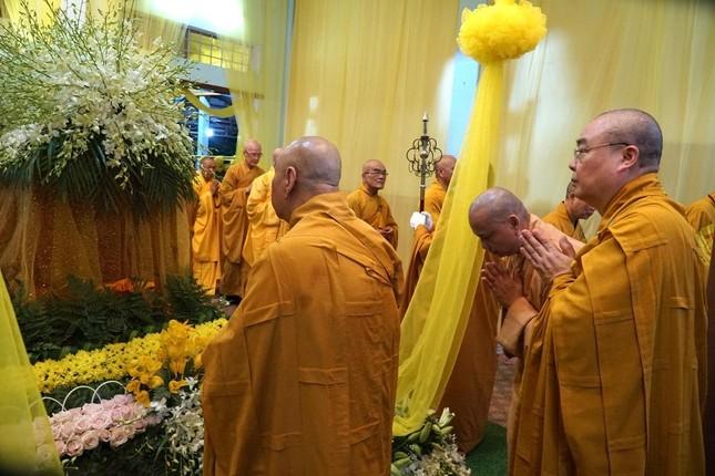 Phái đoàn Chính phủ, Trung ương GHPGVN viếng tang Trưởng lão Hòa thượng Thích Thiện Duyên ảnh 10