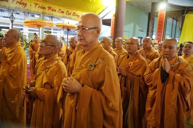 Phái đoàn Chính phủ, Trung ương GHPGVN viếng tang Trưởng lão Hòa thượng Thích Thiện Duyên ảnh 6