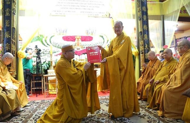 Lễ chung thất cố Hòa thượng Thích Nhật Ấn, bổ nhiệm trụ trì tổ đình Long Thạnh ảnh 4
