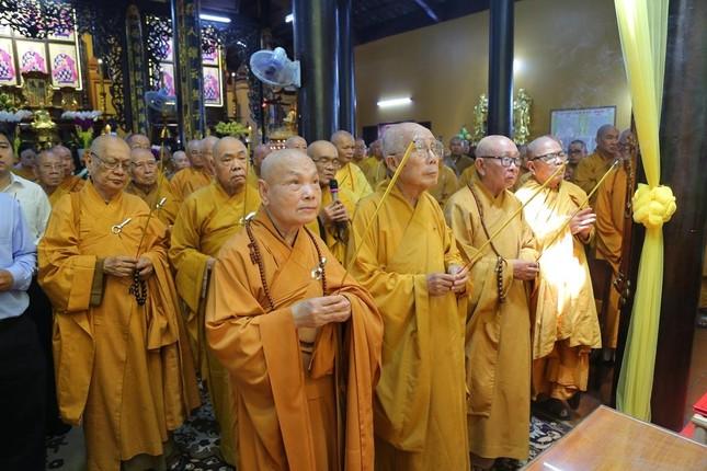 Lễ chung thất cố Hòa thượng Thích Nhật Ấn, bổ nhiệm trụ trì tổ đình Long Thạnh ảnh 6