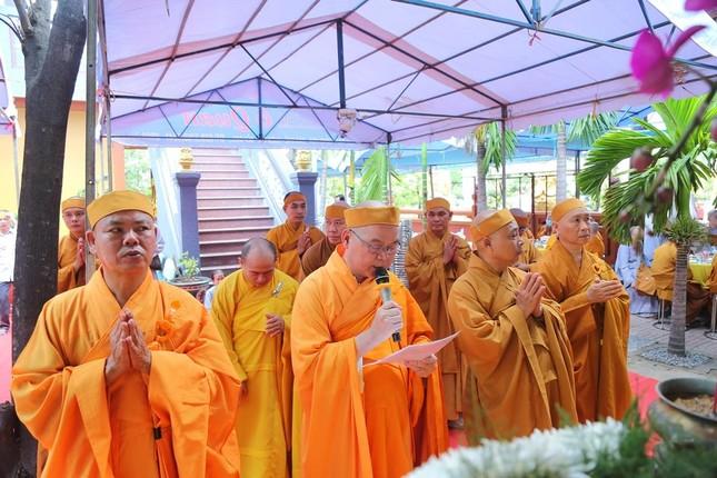 Lễ chung thất cố Hòa thượng Thích Nhật Ấn, bổ nhiệm trụ trì tổ đình Long Thạnh ảnh 9