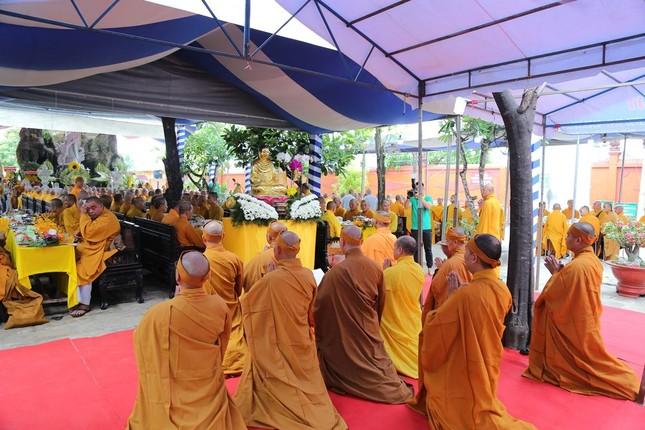Lễ chung thất cố Hòa thượng Thích Nhật Ấn, bổ nhiệm trụ trì tổ đình Long Thạnh ảnh 10