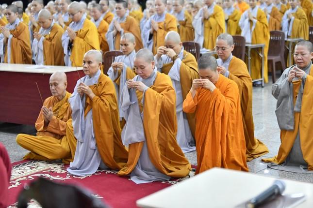 Học viện Phật giáo VN tại TP.HCM tưởng niệm cố Hòa thượng Giáo sư Satyapala ảnh 4