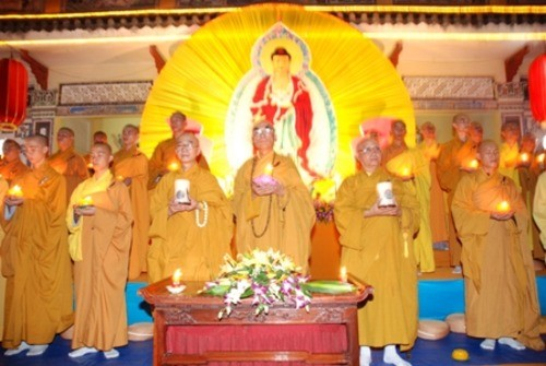 Đồng Nai: Sắc màu Hoa đăng nhân lễ vía Đức Phật A Di Đà tại chùa Phước Viên ảnh 8
