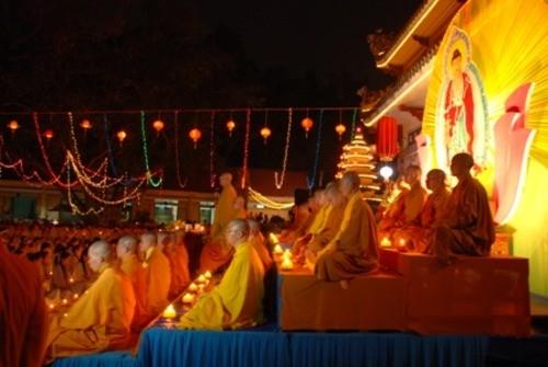 Đồng Nai: Sắc màu Hoa đăng nhân lễ vía Đức Phật A Di Đà tại chùa Phước Viên ảnh 11