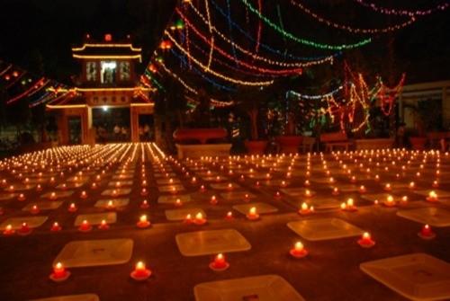 Đồng Nai: Sắc màu Hoa đăng nhân lễ vía Đức Phật A Di Đà tại chùa Phước Viên ảnh 24
