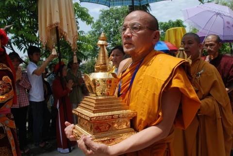 Ninh Bình: Đại lễ Phật đản và cung nghinh Xá lợi Phật về Tổ đình Kim Liên (chùa Đồng Đắc) ảnh 14