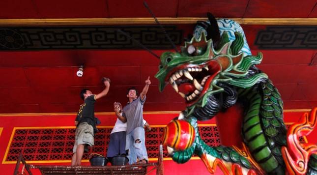 Tết năm rồng rộn ràng tại châu Á ảnh 3