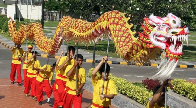 Tết năm rồng rộn ràng tại châu Á ảnh 6