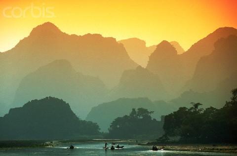 Chùa Hương tuyệt đẹp trên báo quốc tế ảnh 1