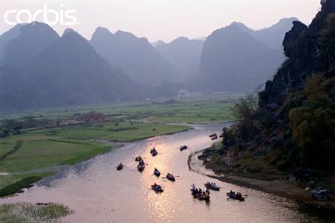 Chùa Hương tuyệt đẹp trên báo quốc tế ảnh 2