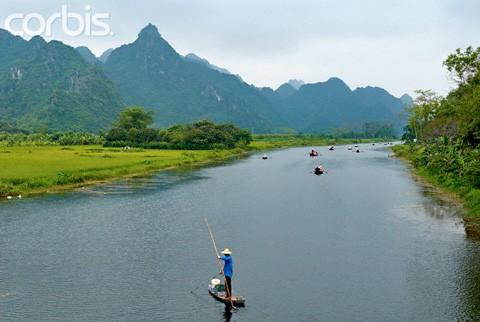 Chùa Hương tuyệt đẹp trên báo quốc tế ảnh 3