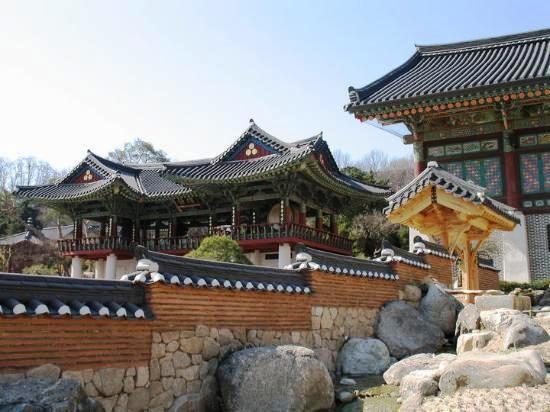 bongeunsa-temple.jpg