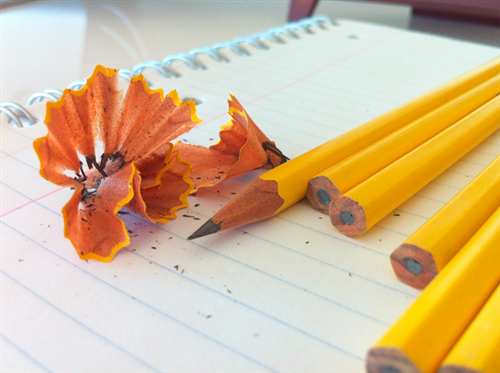 bút chì.jpg