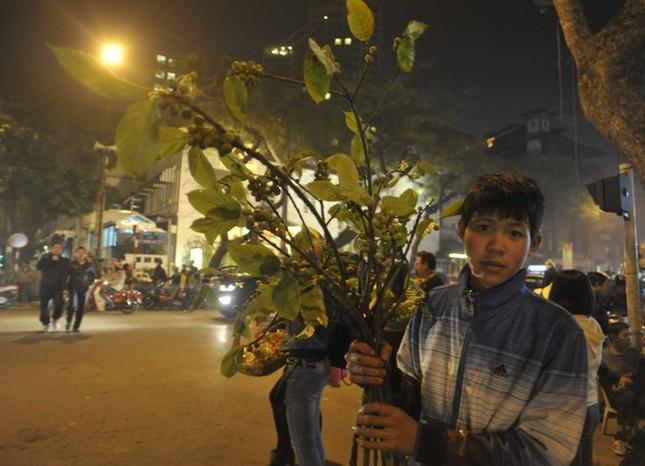 Hà Nội: Chen chân lễ chùa ngày đầu năm ảnh 9