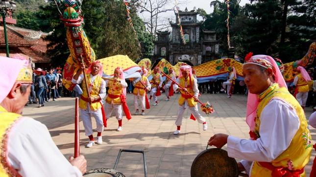 Hơn 5 vạn du khách chen chân trẩy hội chùa Hương ảnh 3