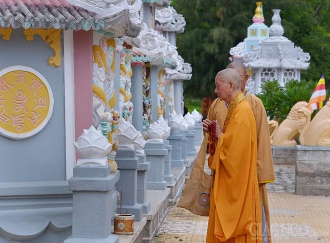 An vi Phat - Gio To Thien Thai (10).JPG