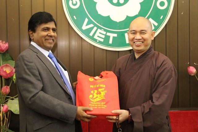 Bộ trưởng Sri Lanka thăm, làm việc với GHPGVN ảnh 3
