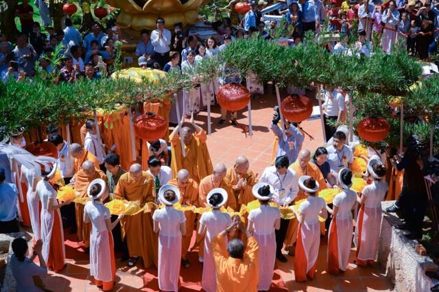 Đắk Lắk: Chùa Nam Thiên tổ chức lễ khánh thành ảnh 5