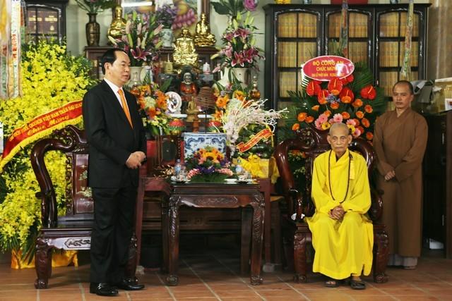 Chủ tịch nước chúc mừng Phật đản Đức Pháp chủ ảnh 2