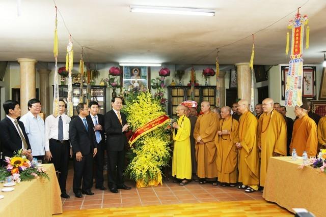 Chủ tịch nước chúc mừng Phật đản Đức Pháp chủ ảnh 3