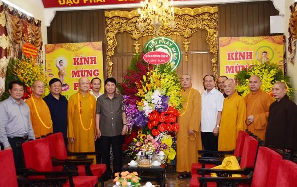 Các ban ngành T.Ư chúc mừng Phật đản GHPGVN ảnh 2
