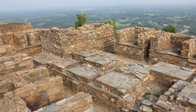 Stupas.jpg