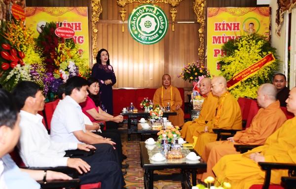 Các ban ngành T.Ư chúc mừng Phật đản GHPGVN ảnh 3
