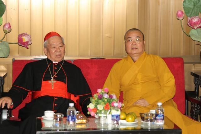 Hồng y Phêrô Nguyễn Văn Nhơn chúc mừng Phật đản ảnh 1