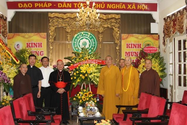 Hồng y Phêrô Nguyễn Văn Nhơn chúc mừng Phật đản ảnh 3