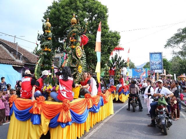 Chùm ảnh: Trang nghiêm rước Phật tại Indonesia ảnh 25