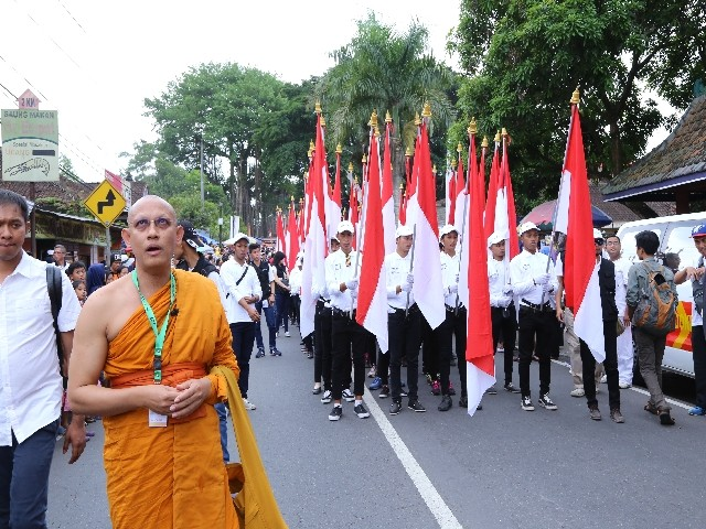 Chùm ảnh: Trang nghiêm rước Phật tại Indonesia ảnh 11