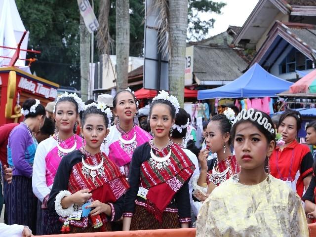 Chùm ảnh: Trang nghiêm rước Phật tại Indonesia ảnh 13