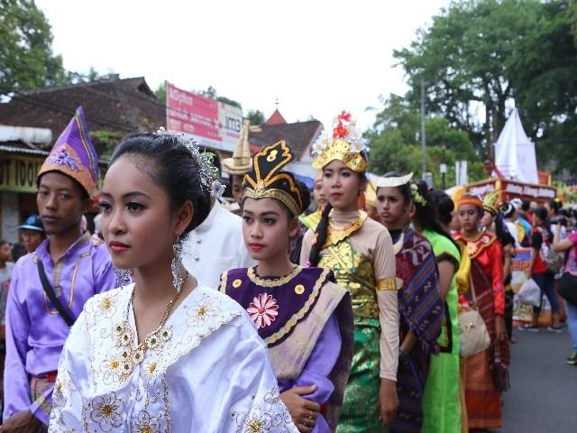 Chùm ảnh: Trang nghiêm rước Phật tại Indonesia ảnh 14