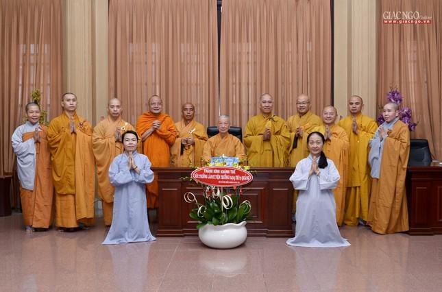 Khanh tue HT vien Truong - Tuong HT Minh Chau (4).jpg