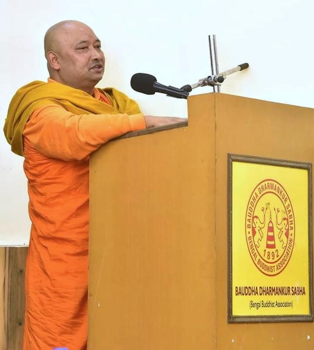 Venerable Bhikkhu Bodhipala.jpg