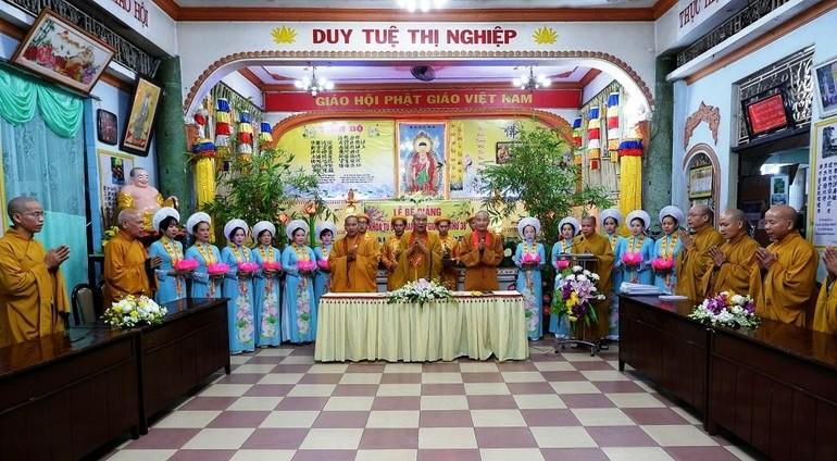 Buổi lễ diễn ra tại tổ đình Vạn Thọ - Ảnh: Hoàng Phương