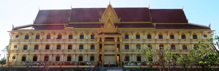 Toàn cảnh khu Hiệu bộ Học viện Phật giáo Nam tông Khmer đã đưa vào sử dụng - Ảnh: Cần Thơ online